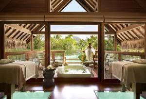 Four Seasons Resort Bora Bora, Resort  Bora Bora - big - 30