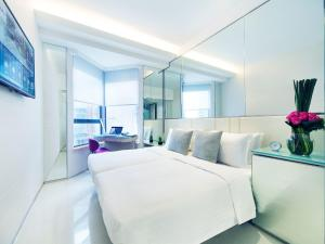 iPlus Twin Room