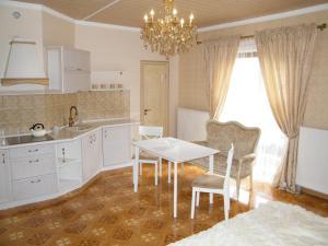 Гостевой дом With Sauna на Шишкина