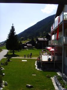 Hotel Furka, Hostince  Oberwald - big - 62