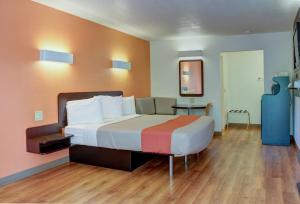 Motel 6 Bishop, Hotely  Bishop - big - 37