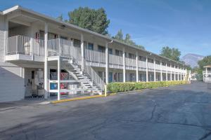 Motel 6 Bishop, Hotel  Bishop - big - 35