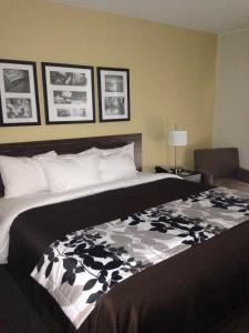 Sleep Inn and Suites Parkersburg