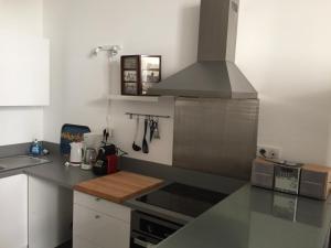 Les Patios du Vieux Port, Апартаменты  Марсель - big - 8