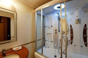 Hotel Saptagiri, Отели  Нью-Дели - big - 2