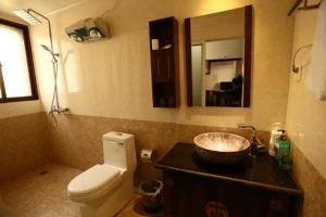 Lijiang Jinsheng Youyue Inn, Гостевые дома  Лицзян - big - 48