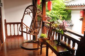 Lijiang Jinsheng Youyue Inn, Гостевые дома  Лицзян - big - 61