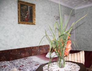 Villa Anastazis - Penzion Eden, Guest houses  Karlovy Vary - big - 10