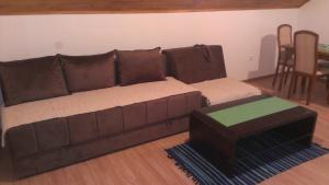 Guesthouse Bubalo, Affittacamere  Drežnik Grad - big - 5