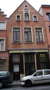 B&B La Villa Zarin, Bed and Breakfasts  Brusel - big - 1