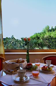 Villa Margherita, Bed and Breakfasts  Cefalù - big - 50