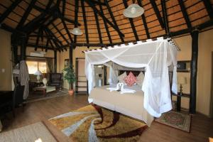 Lapa Lange Game Lodge, Лоджи  Mariental - big - 21