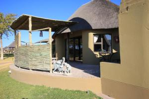 Lapa Lange Game Lodge, Лоджи  Mariental - big - 11