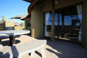 Lapa Lange Game Lodge, Лоджи  Mariental - big - 9