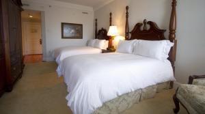 Luxury Queen Room with Two Queen Beds