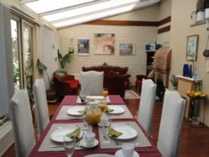 B&B La Villa Zarin, Bed and Breakfasts  Brusel - big - 16