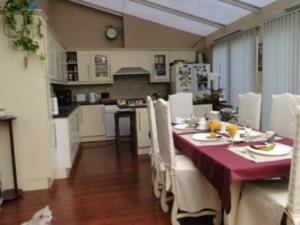 B&B La Villa Zarin, Bed and Breakfasts  Brusel - big - 25
