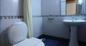 Abad Metro, Hotels  Cochin - big - 8