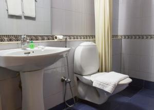Abad Metro, Hotels  Cochin - big - 10