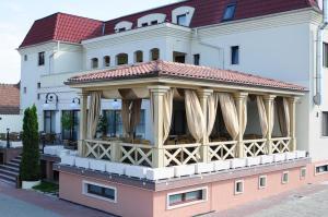 Hotel Clasic, Szállodák  Szászsebes - big - 20