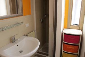 Orange Catania Centre, Апартаменты  Катания - big - 4