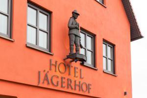 Hotel Restaurant Jägerhof, Hotel  Weisendorf - big - 32