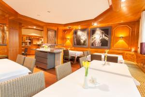 Hotel Restaurant Jägerhof, Hotel  Weisendorf - big - 22