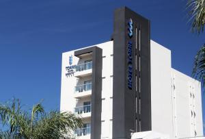 Torre Hotel Ejecutivo, Отели  Санта-Крус-де-ла-Сьерра - big - 1