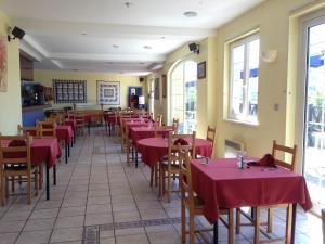 Le Relais De Wasselonne & Spa, Residence  Wasselonne - big - 43