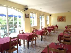 Le Relais De Wasselonne & Spa, Residence  Wasselonne - big - 42
