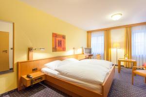 Hotel Restaurant Jägerhof, Hotel  Weisendorf - big - 5
