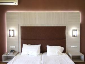 Karavos Hotel Apartments, Aparthotels  Archangelos - big - 8