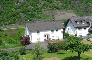 Haus Flora (Ferienwohnungen)