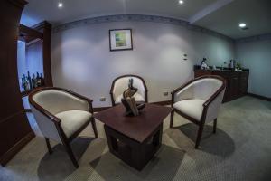 Hotel Emperador, Hotely  Ambato - big - 4