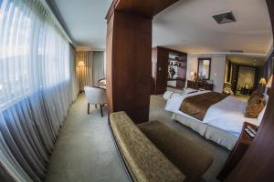 Hotel Emperador, Hotel  Ambato - big - 11