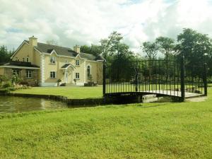 Glendurragh House