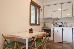 Olive Apartment, Apartments  Kotor - big - 10