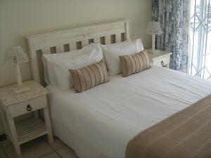 1 Point Village Guesthouse & Holiday Cottages, Apartmanok  Mossel Bay - big - 11