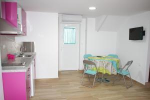 Apartamentos Vega, Ferienwohnungen  Huétor Vega - big - 12