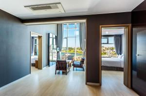 Rich Hotel, Отели  Чеджу - big - 17