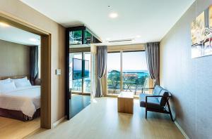 Rich Hotel, Отели  Чеджу - big - 6