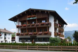 Hotel-Pension-Ostler