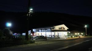 La Roca, Guest houses  Grinţieşu Mic - big - 40