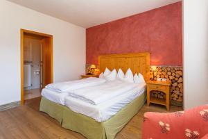 Landhotel und Berggasthof Panorama, Hotel  Garmisch-Partenkirchen - big - 10