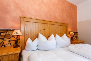 Landhotel und Berggasthof Panorama, Hotel  Garmisch-Partenkirchen - big - 11
