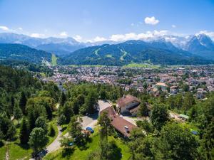 Landhotel und Berggasthof Panorama, Hotel  Garmisch-Partenkirchen - big - 60