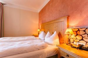 Landhotel und Berggasthof Panorama, Hotel  Garmisch-Partenkirchen - big - 12