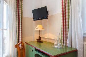 Landhotel und Berggasthof Panorama, Hotel  Garmisch-Partenkirchen - big - 17