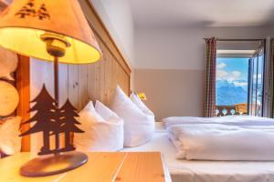 Landhotel und Berggasthof Panorama, Hotel  Garmisch-Partenkirchen - big - 36