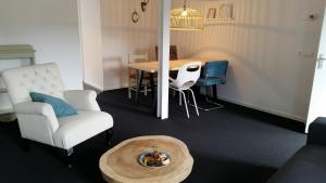 B&B Oekepoek Down Town, Bed & Breakfasts  Enschede - big - 39